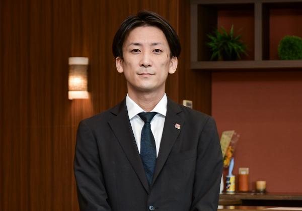 スタッフ紹介003