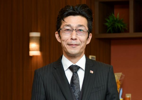 スタッフ紹介010